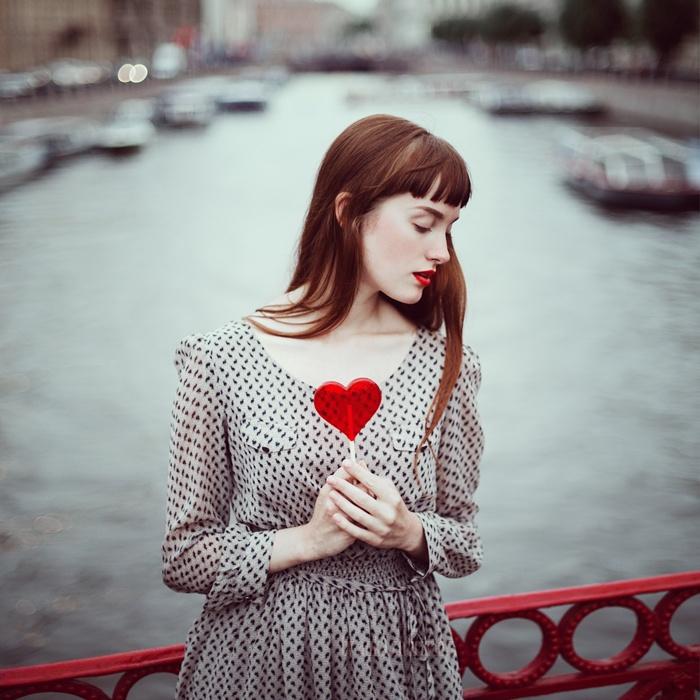 by Anka Zhuravleva